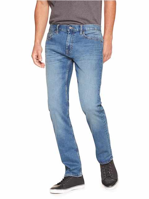 Techmotion Slim-Fit Stretch Light Wash Jean