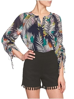 Geo-Print Ruched Sleeve Top