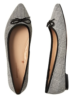 Pointed-Toe Robin Ballet Flat