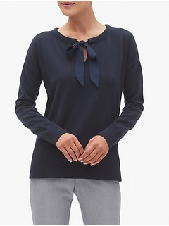 Bow Tie Crew Neck Sweater