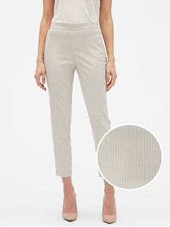 Petite Hayden Pull-On Tapered Fit Pinstripe Soft Ankle Pant