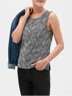 Structured Herringbone Shell Top