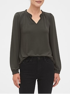 Crepe Ruche-Neck Top