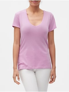 Timeless V-Neck T-Shirt