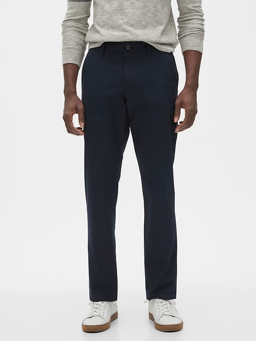 Banana Republic Men's Mason Athletic-Fit Summer-Weight Chinos